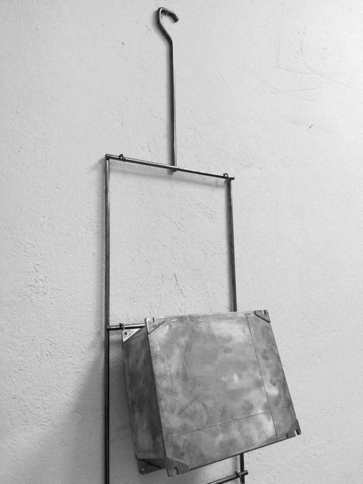 Telaio in filo metallico per verniciatura